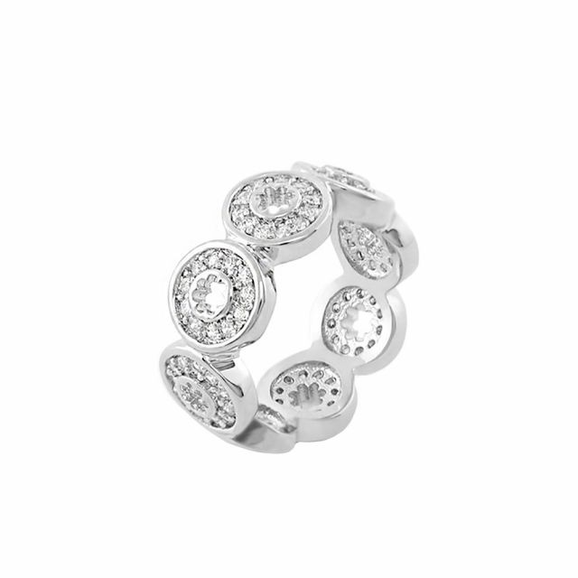 Daisy Dreams Band Ring